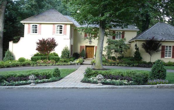 landscaping-ideas-landscape-design-can-enhance-your-homes-curb-appeal