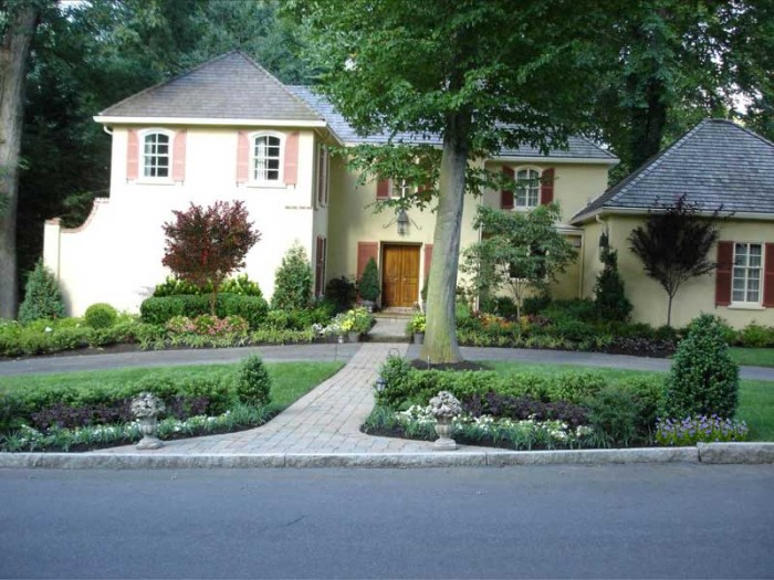 French-influenced garden in Radnor